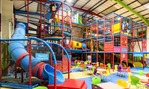 Your children can play in the big playing center suitable for todlers and kids.